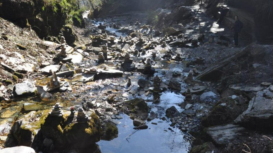 Viaje por los anapurnas - piedras devocionales